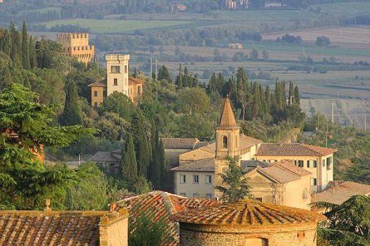 Cortona_Beautiful-city-of-Cortona_2989